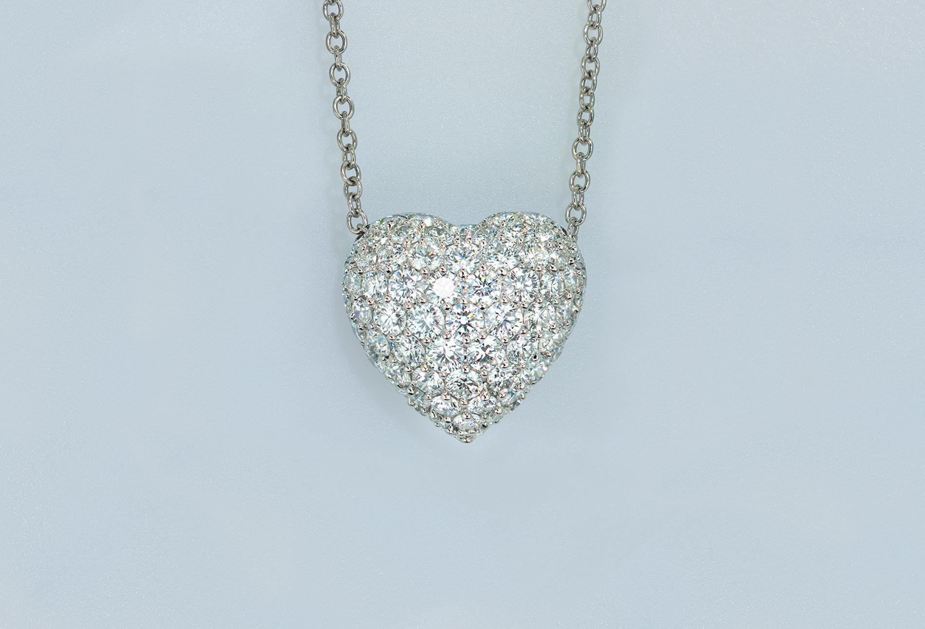 1ct Pavé Diamond Heart